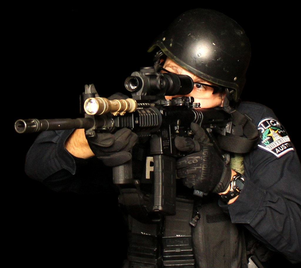 SR4C utilized in complete active shooter response kit. The SR4C exhibited true RDO performance at close range with the benefit of improved target observation at longer range during force-on-force scenarios.